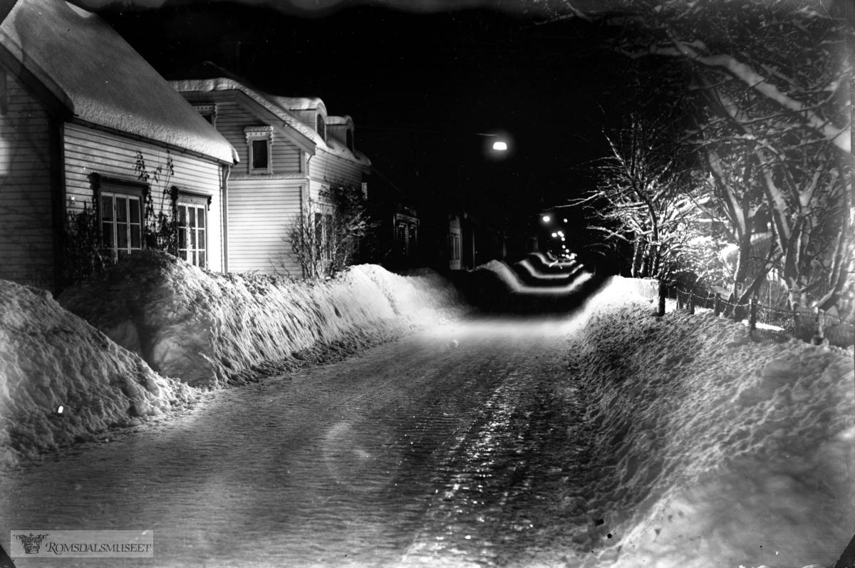 Molde vinter. Fannestrandsvegen sett østover.