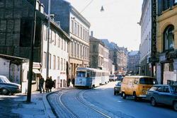 Oslo Sporveier. Trikk motorvogn 244 type Høka MBO og tilheng