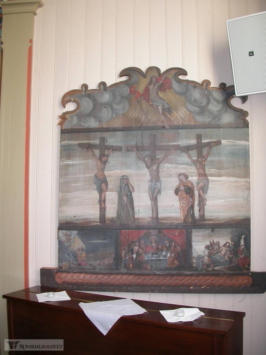 Øksendal kirke bygd i 1894, altertavle fra 1783 og prekestol fra 1780.