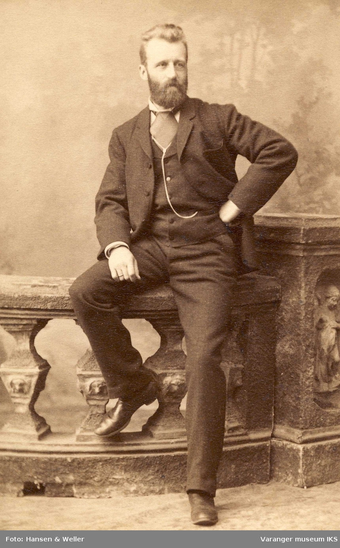 Hans Fredrik Esbensen 1890.