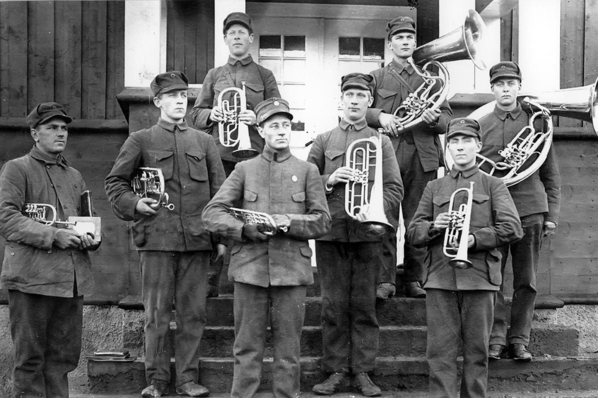 Militær musikk