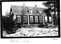 Elvål skole, Rendalen. Vinduer.