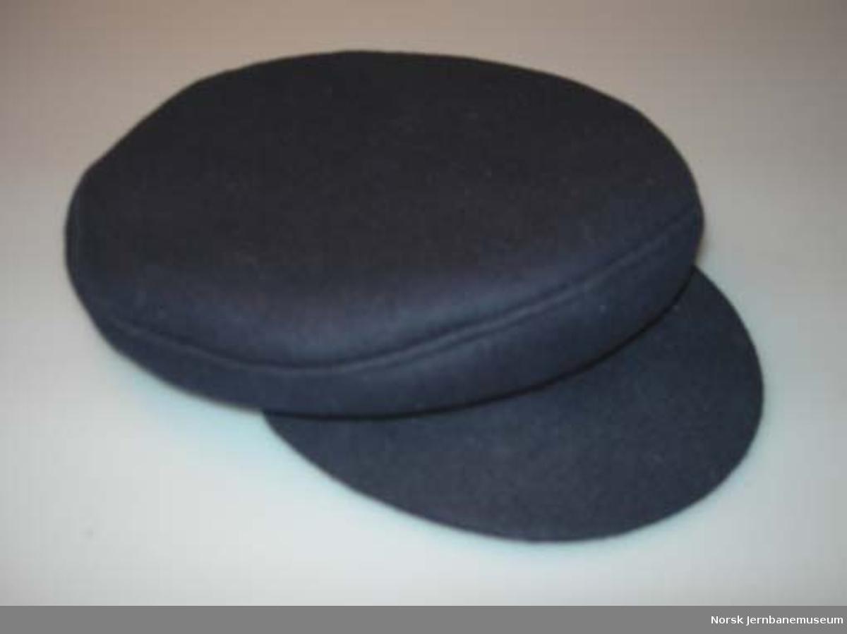 Uniformslue for lokomotivfører : fra OL'94