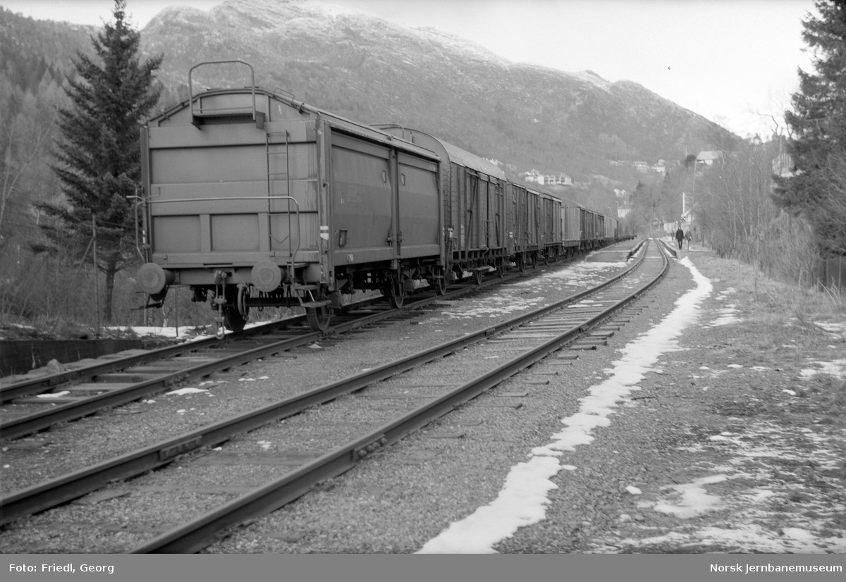 Hensatte godsvogner på Fjøsanger holdeplass