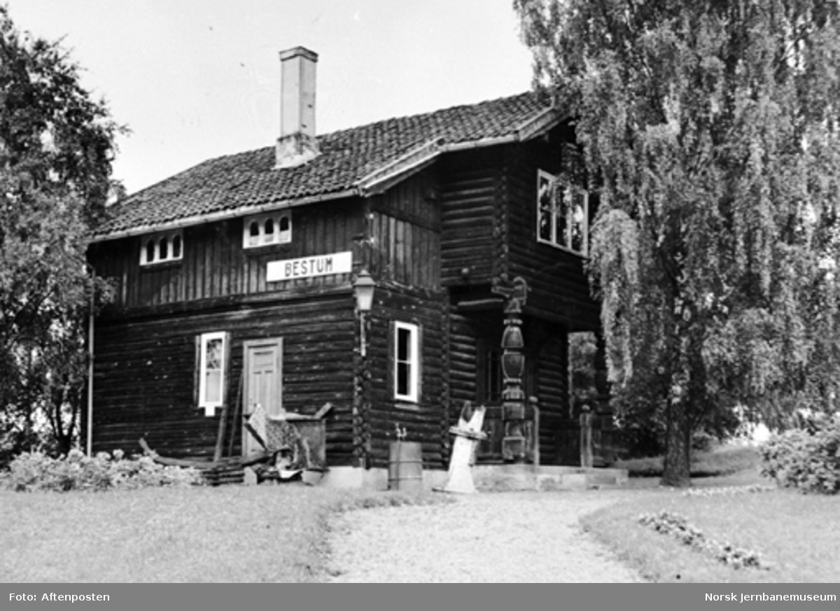 Jernbanemuseet på Disen : Bestum stasjonsbygning