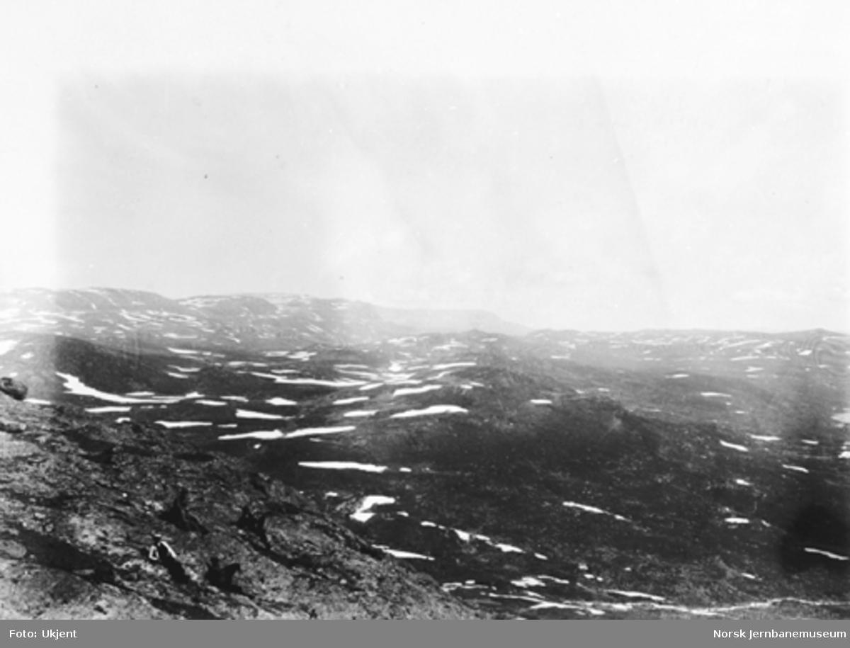 Bergensbanens anlegg; utsikt fra Hardangerjøkulen