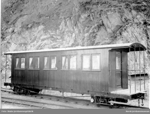 Nesttun-Osbanens personvogn litra Co som ny