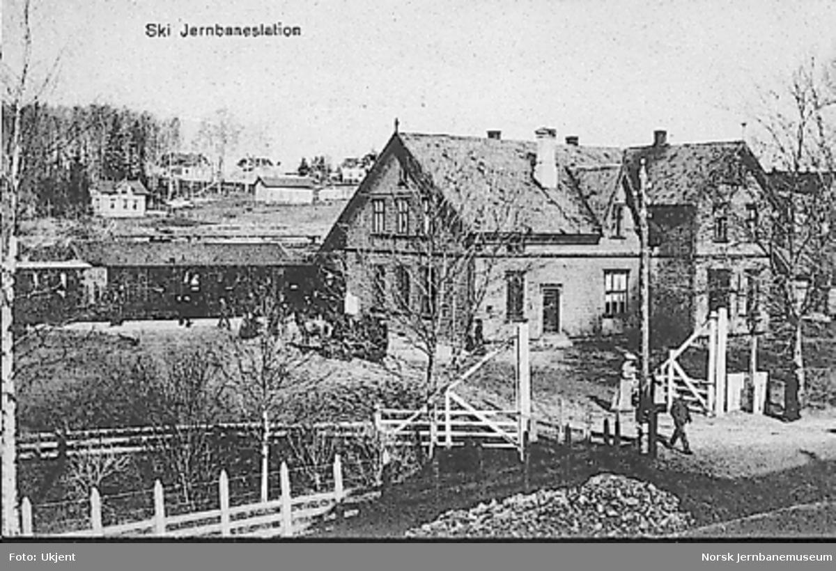 """Ski stasjon sett fra """"bysiden"""""""