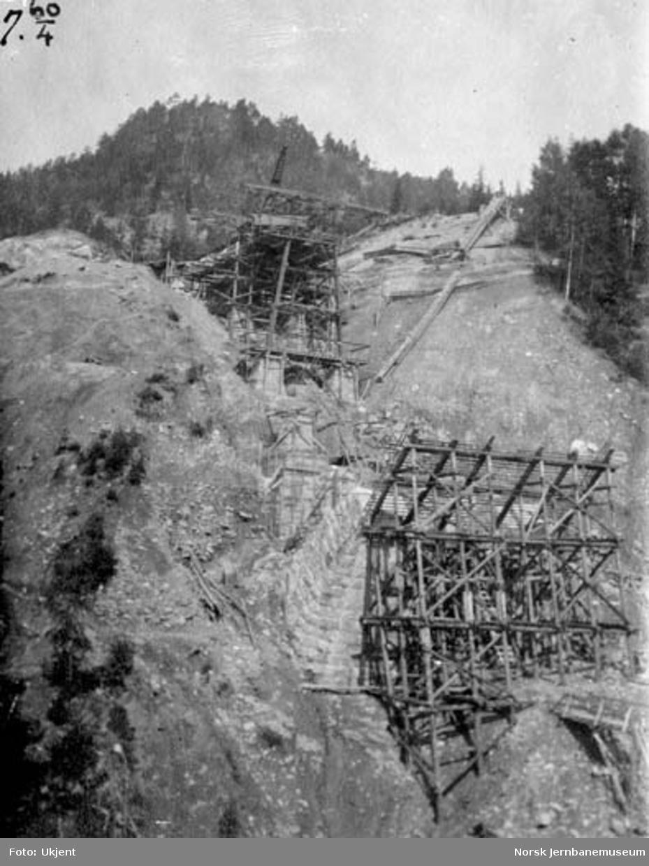 Hjuksa bru : montering av nordre plateviadukt