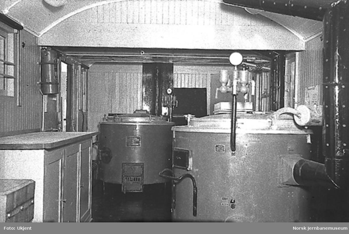 Kjøkkenvogn : under ombygging fra reisegodsvogn