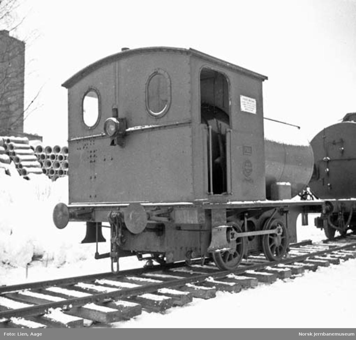 """Flytting av fyrløst damplokomotiv """"PAAL"""" til Norsk Jernbanemuseum"""