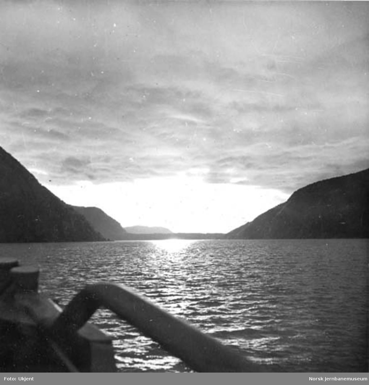 Båttur på Øvre- eller Nedrevand