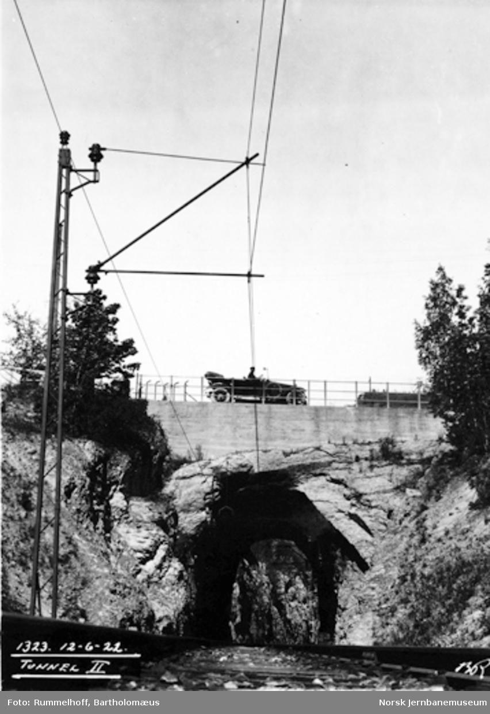 Drammenbanens elektrifisering : kontaktanlegget ved tunnel II