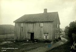 Kind, Lørenskog, Nedre Romerike, Akershus. Gammelt våningshu